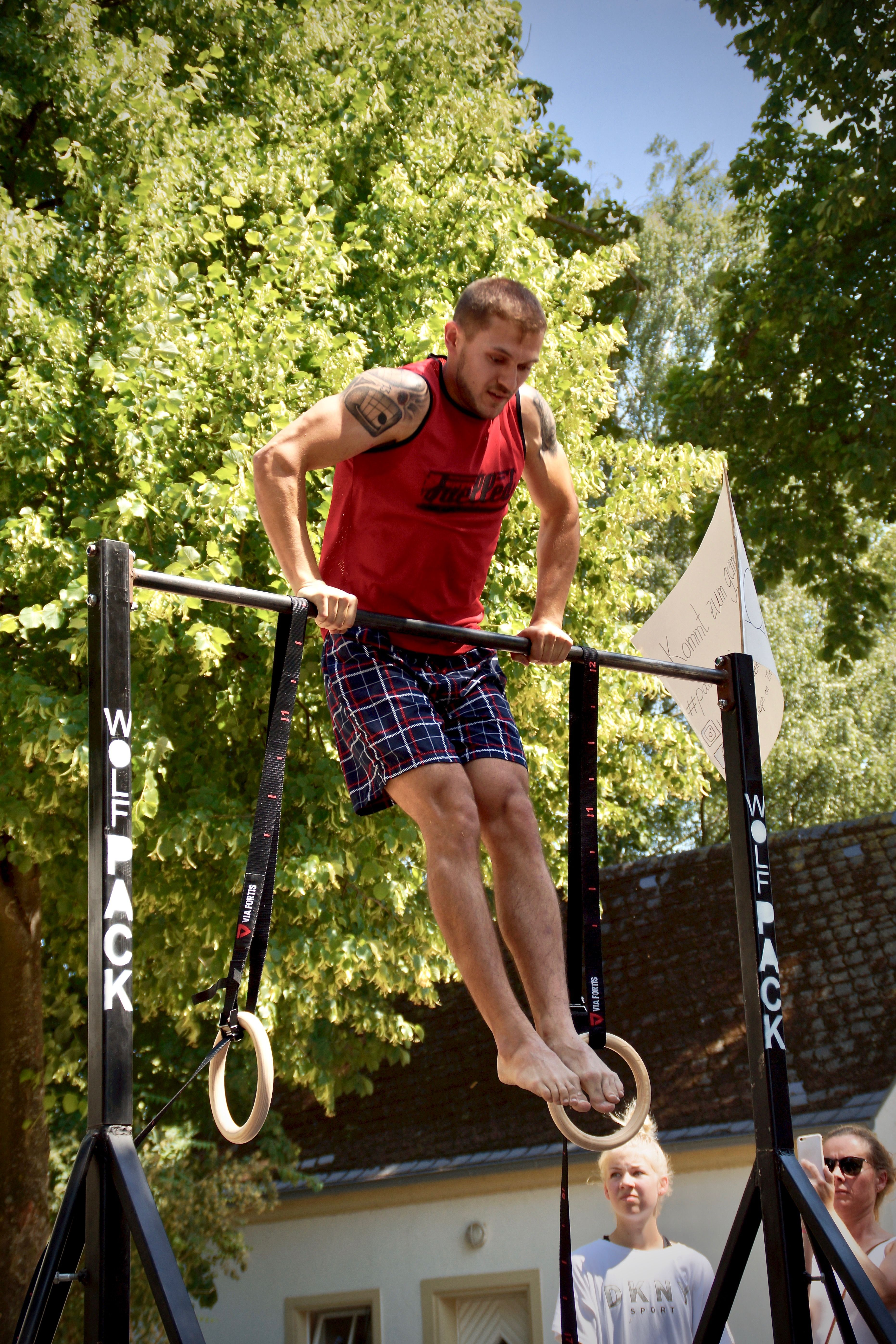 Calisthenics-Paderborn_Blog_maximum-reps-pull-up-competition-1_Artur-Muscle-Up